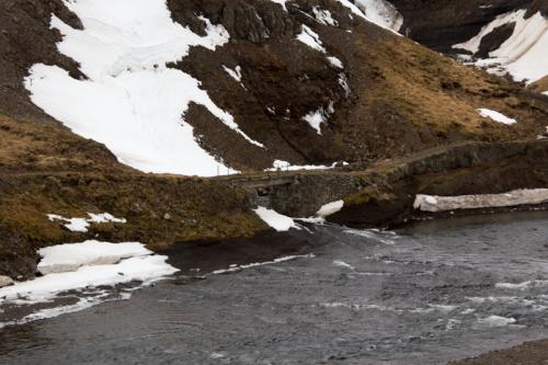 Ce petit pont est l'ancienne route pour Akureyri !