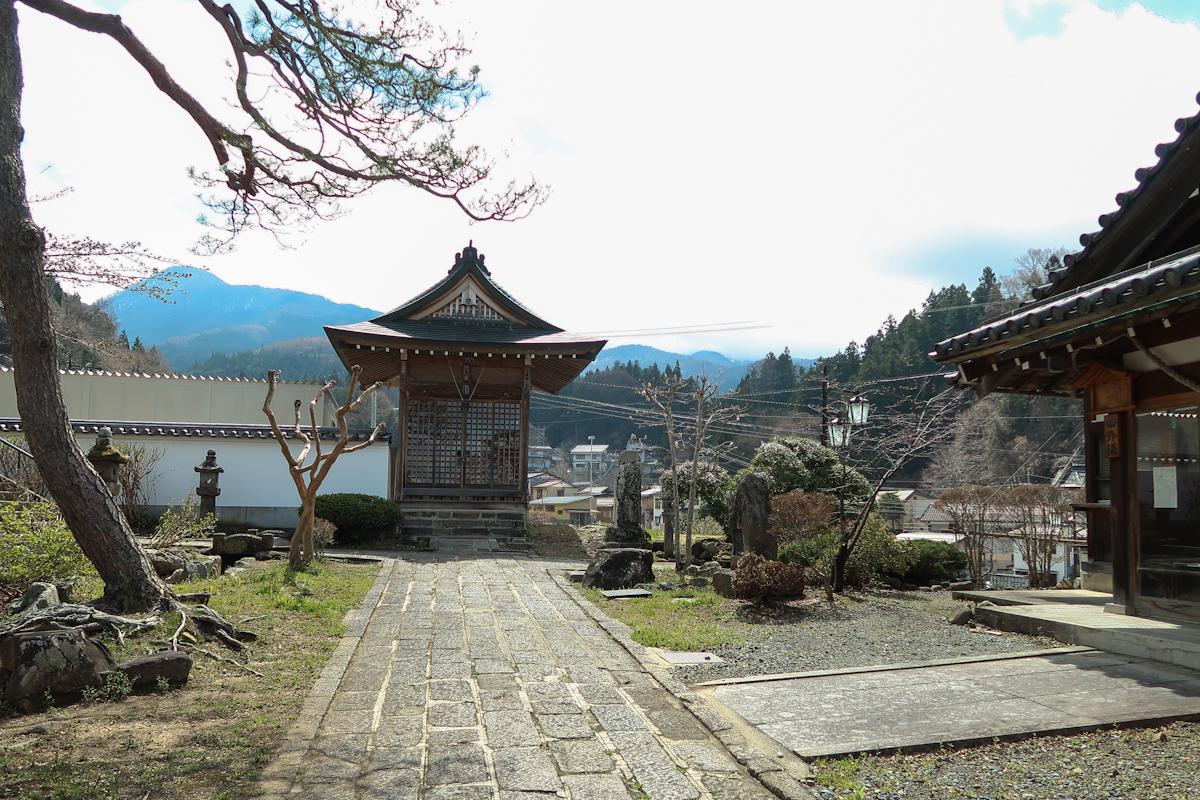 la maison du japon beautiful la maison de th de charlotte perriand luunesco un voyage with la. Black Bedroom Furniture Sets. Home Design Ideas